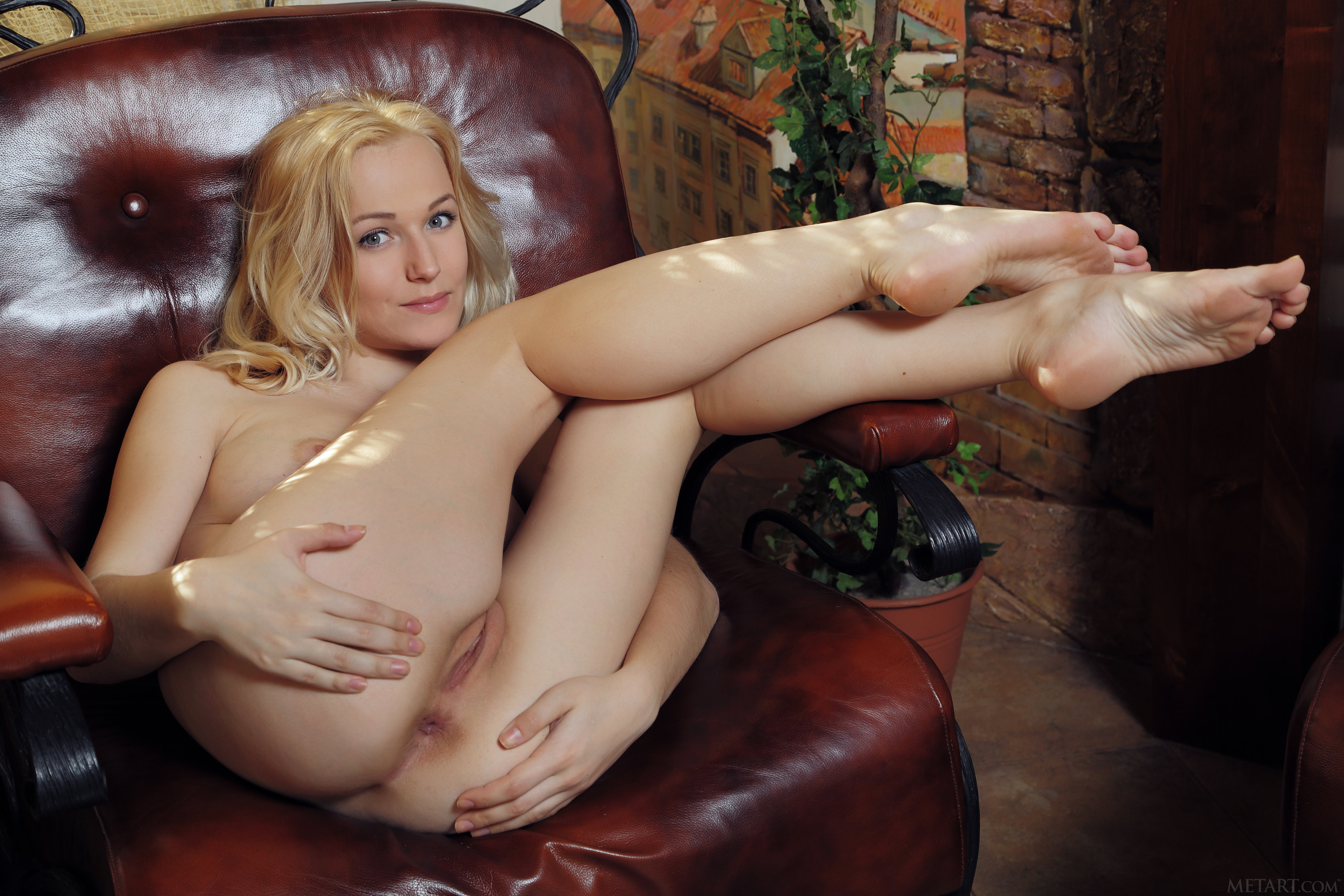 nozhki-porno-bosie-foto